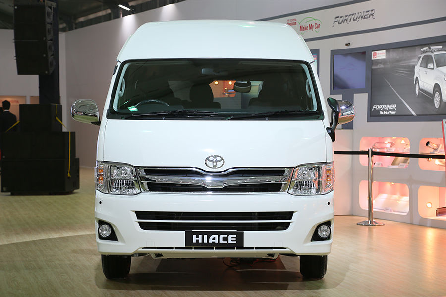 Toyota Hiace Commuter Luxury Delhi Alpha Auto Private Limited